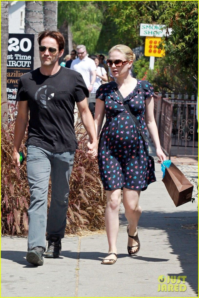 Do sookie and bill dating in real life