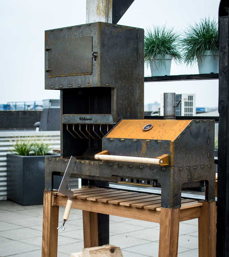 Outdooroven-XL, fireplace and barbeque-grill in one Weltevree