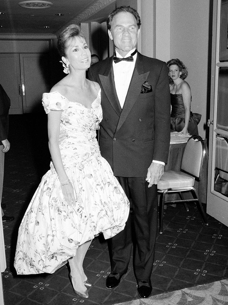 Kathy Lee Epstein and Frank Gifford married in 1986