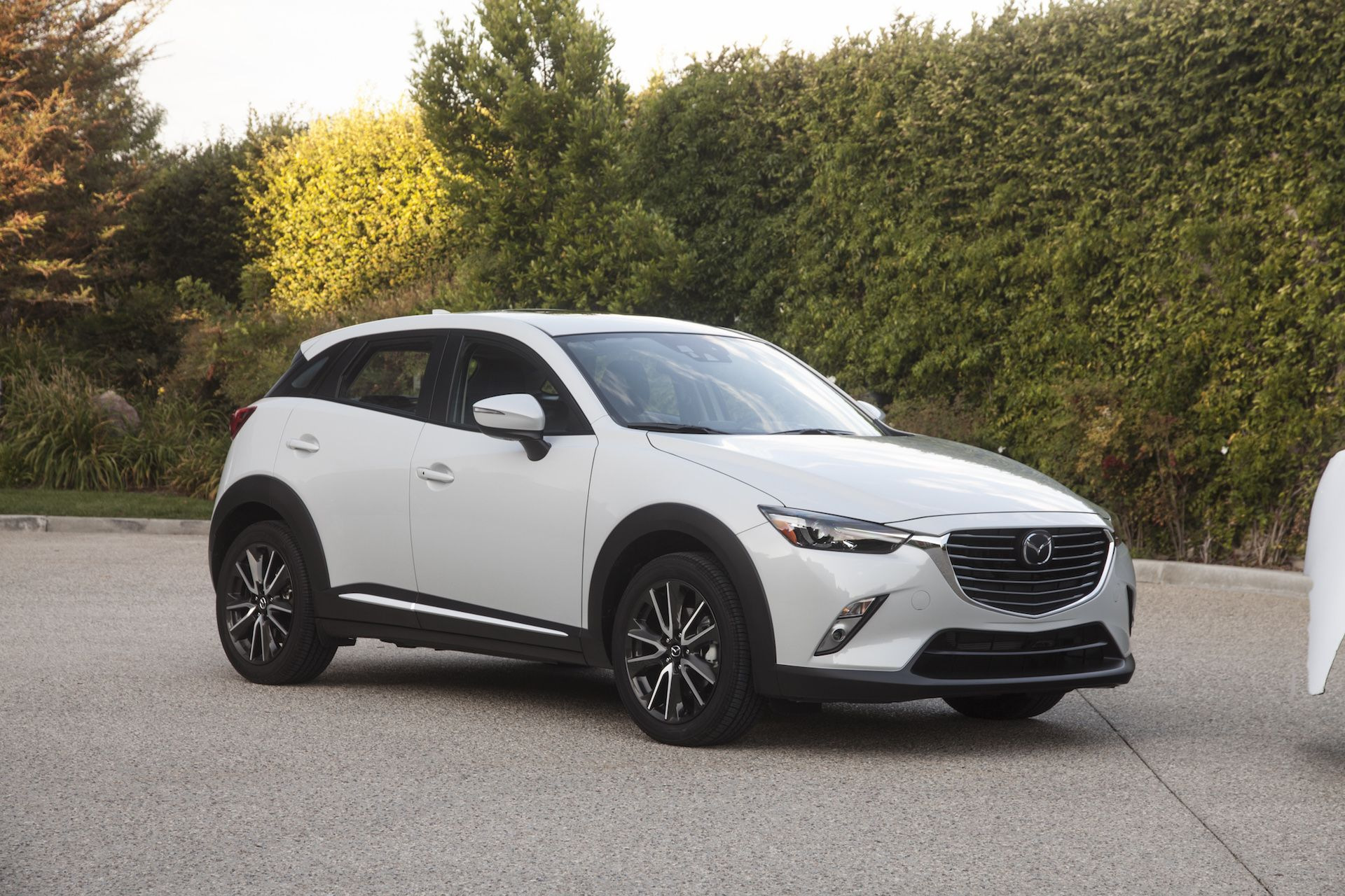The Mazda CX-3 crossover hatchback returns for its sophomore year ...