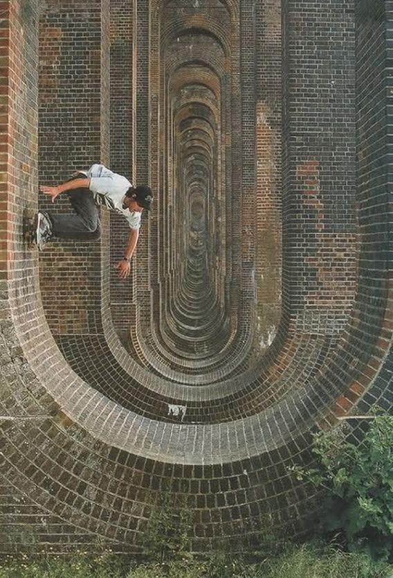 Skate. Wallride. Street Art - Graffiti - Urban culture.