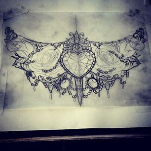 Turn heart into heart locket - under bust tattoo - Pesquisa Google