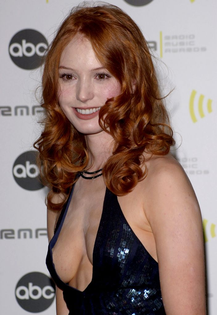 Alicia Witt Beauty In Red Pinterest Alicia Witt