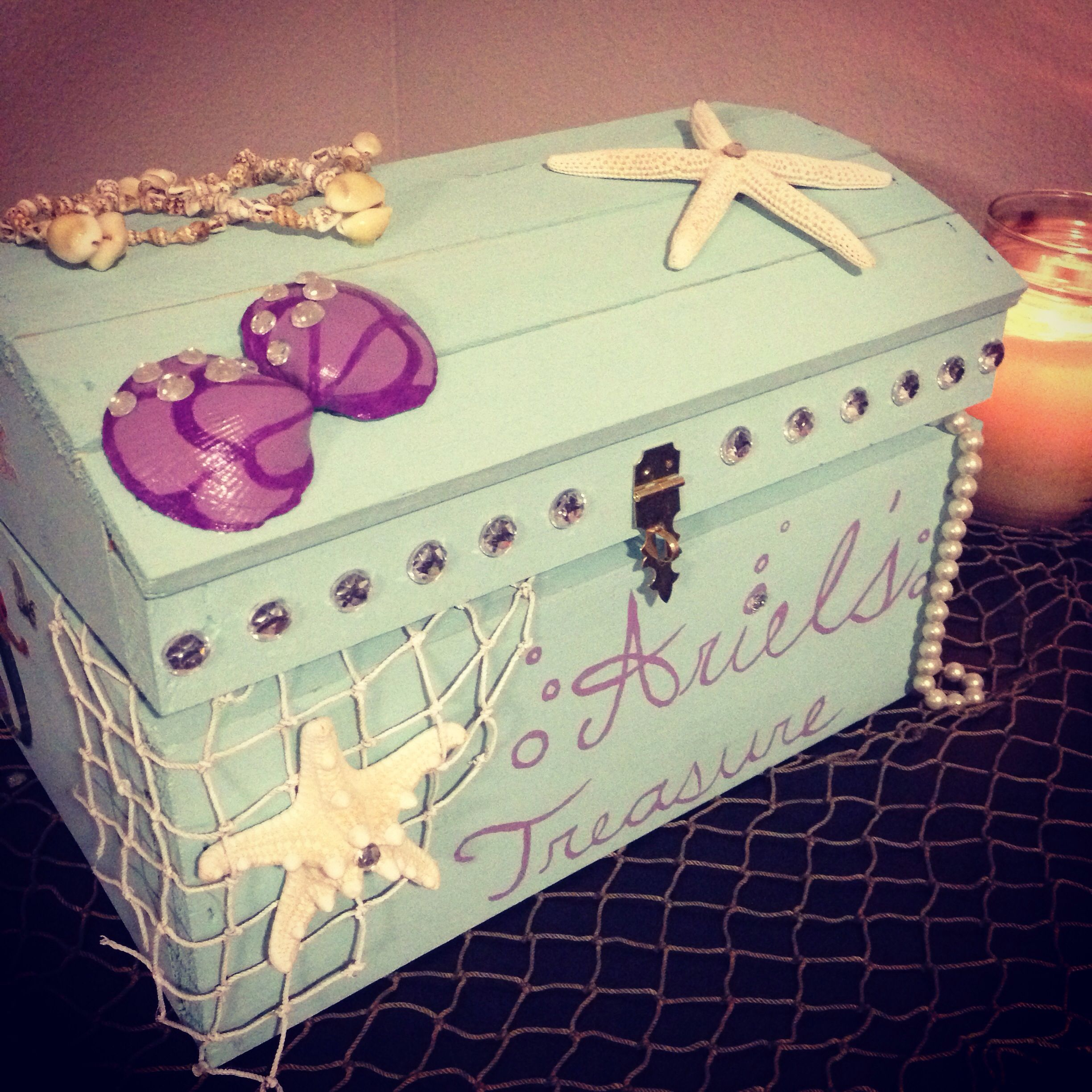 Mermaid treasure chest for birthday cards under the sea