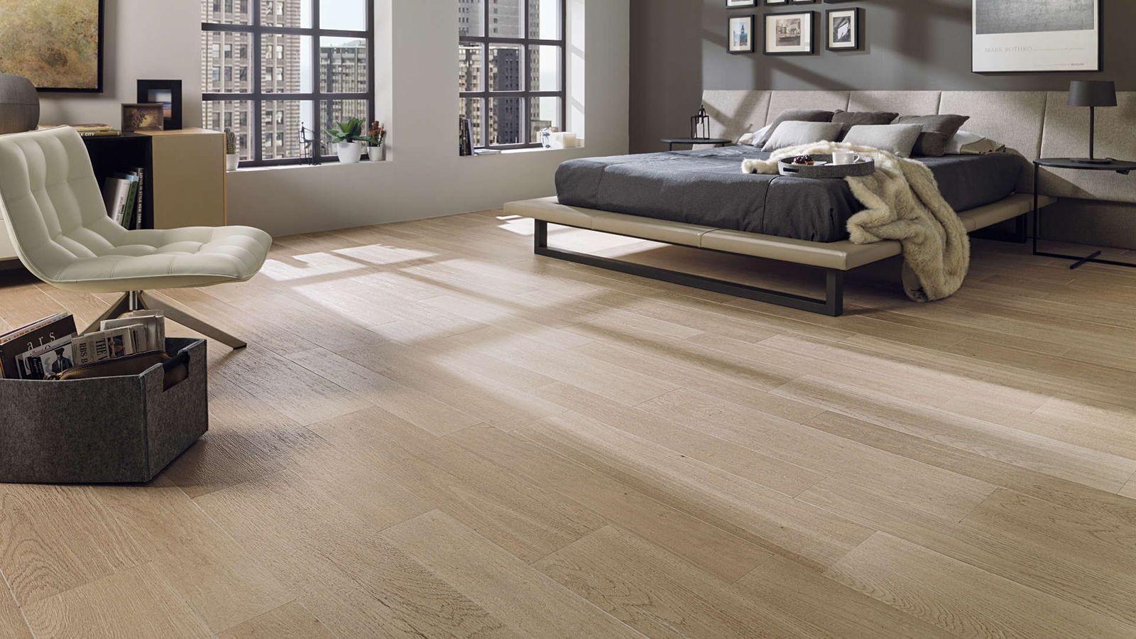 Par Ker Floor Tiles Forest Arce 14 3 X 90 Cm 22 X 90 Cm Modern Bedroom Interior Wood Effect Floor Tiles Interior Design Bedroom