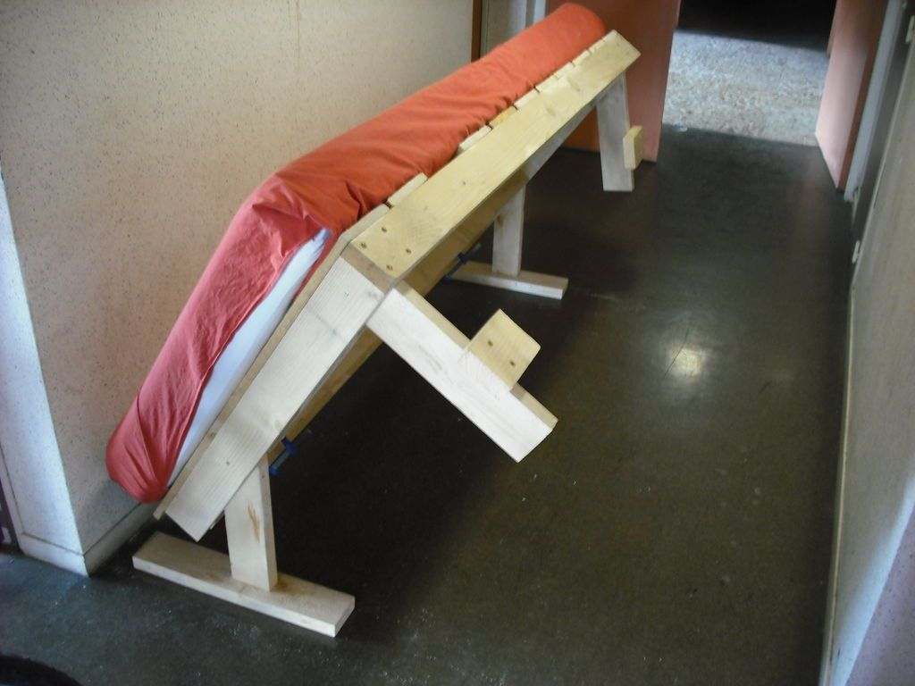 Fold Up Kids Bed How To Make A Toggling Bed Diy Murphy Bed Bed Diy Bed
