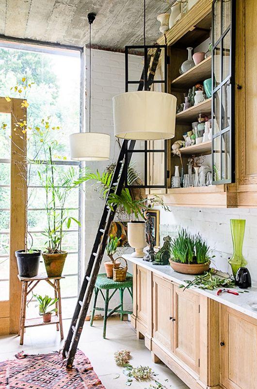 Botanisch interieur met veel groen | Furniture | Pinterest | French ...
