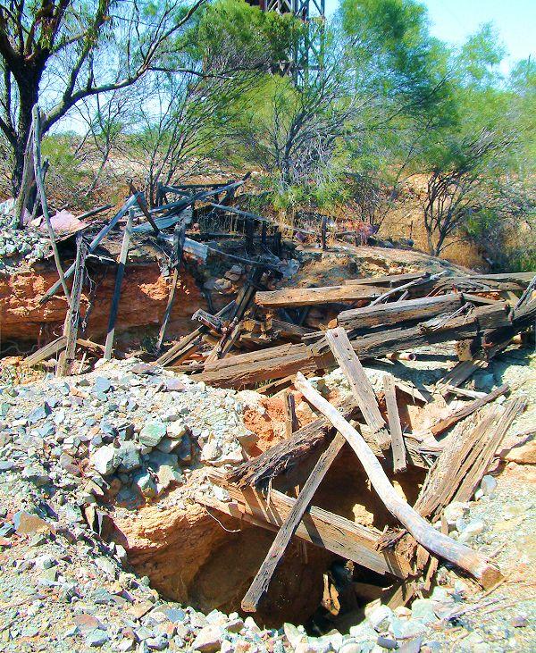 Old Gold Mine, North West Coastal Highway, Murchison