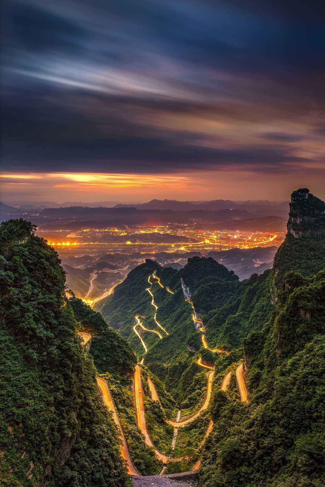 An Amazing shot in The Mountain of Zhangjiajie, a Beautiful place in China Follow @travelgurus for the best Tumblr landscapes