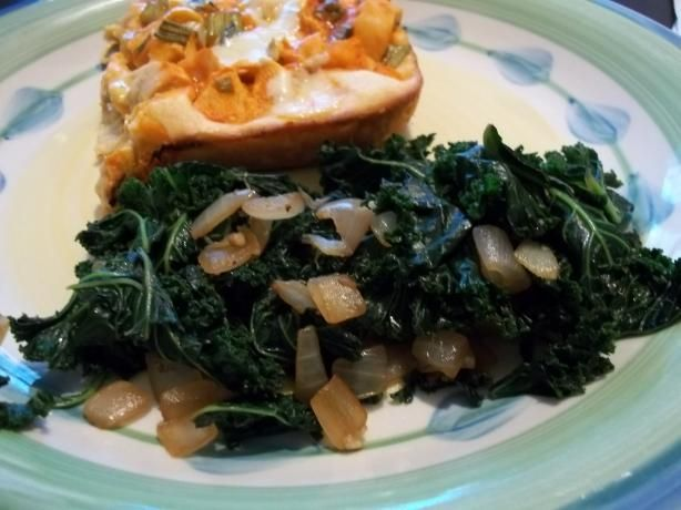 Kale With Caramelized Onions and Garlic - 1. Heat oil in large pan. 2. Add chopped onions and garlic. 3. Sauté until onions are clear and begin to caramelize. Stir often. Do not allow garlic to burn. 4. Add torn kale. 5. Toss with onions and garlic. 6. Cook until kale is wilted. 7. Sprinkle with a tiny bit of balsamic vinegar if desired.