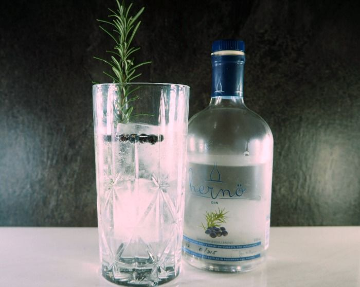 herno-gin-and-tonic