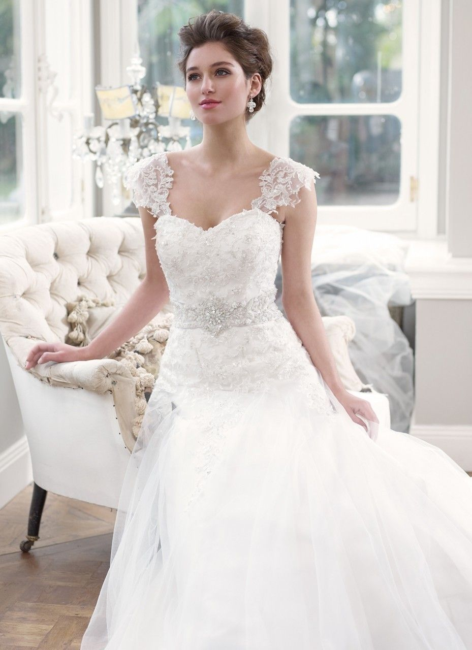 Luv Bridal M1305l Delicate Lace Wedding Dress With Detachable Cap Sleeves 0 00 Http