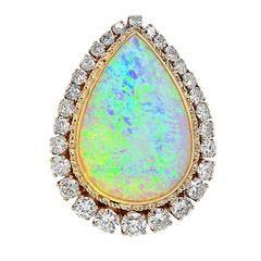 Cabochon Opal Diamond gold Brooch pendant