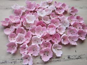 Väsäilin seuraavaksi videoksi ohjeet hortensian kukiin. Harjoitusta videoiden tekoon vielä tarvitaan. Tämä on myös ihan itse muokattu, j...