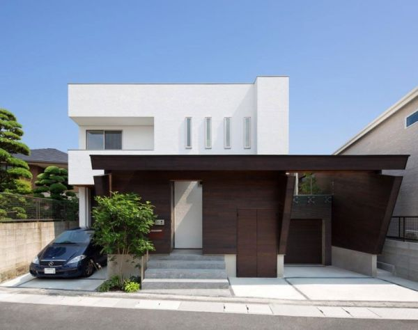 Minimalist Japanese Residence Blends Privacy With An Airy Interior : minimalist-residential-architecture - designwebi.com