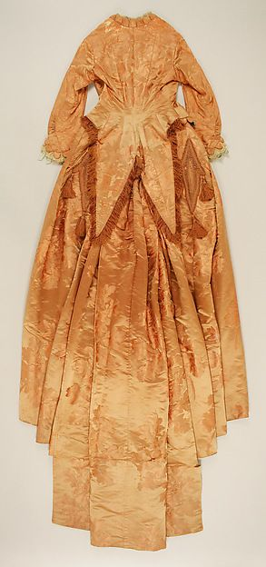 Dinner dress (image 2) | House of Worth | French | 1877 | silk | Metropolitan Museum of Art | Accession Number: 25.63a, b