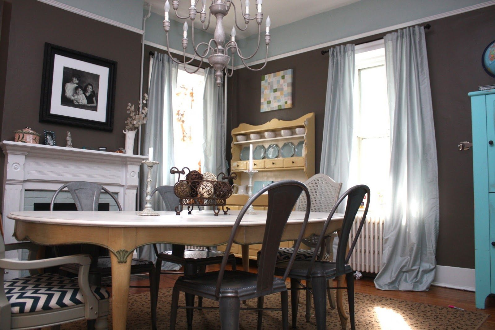 Benjamin Moore Fairview Taupe Dining Room Colour Schemes Dining Room Paint Home Wall Colour #taupe #and #blue #living #room