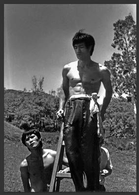 very rare bruce lee picture from the big boss kickass