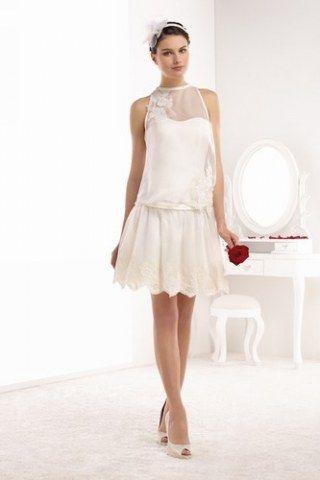Robe de mariee fluide et courte