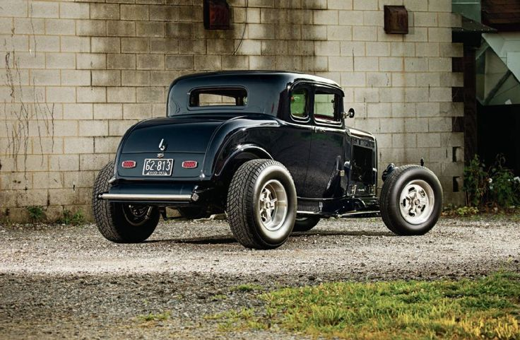 32 Ford 5 Window Coupe Hi Boy Hot Rod In Black Sweeeeeeeeeeeet Hot Rods Classic Hot Rod 1932 Ford Coupe