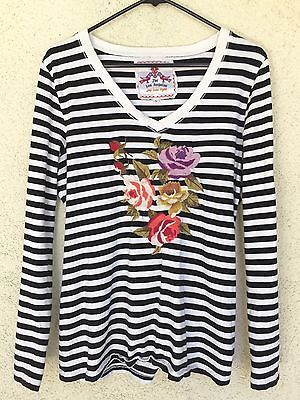 a234efb69abfd JOHNNY-WAS-JWLA-Embroidered-Floral-Stripe-Knit-Top-Size-Large-White-Black