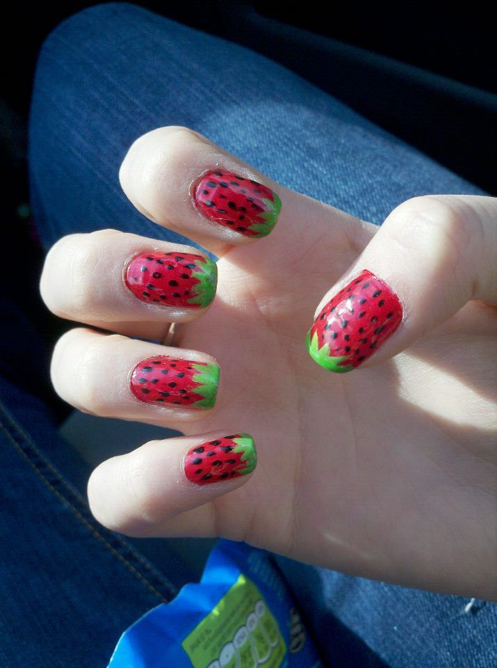 Frui-tastic Strawberry Nails : Great for summer.