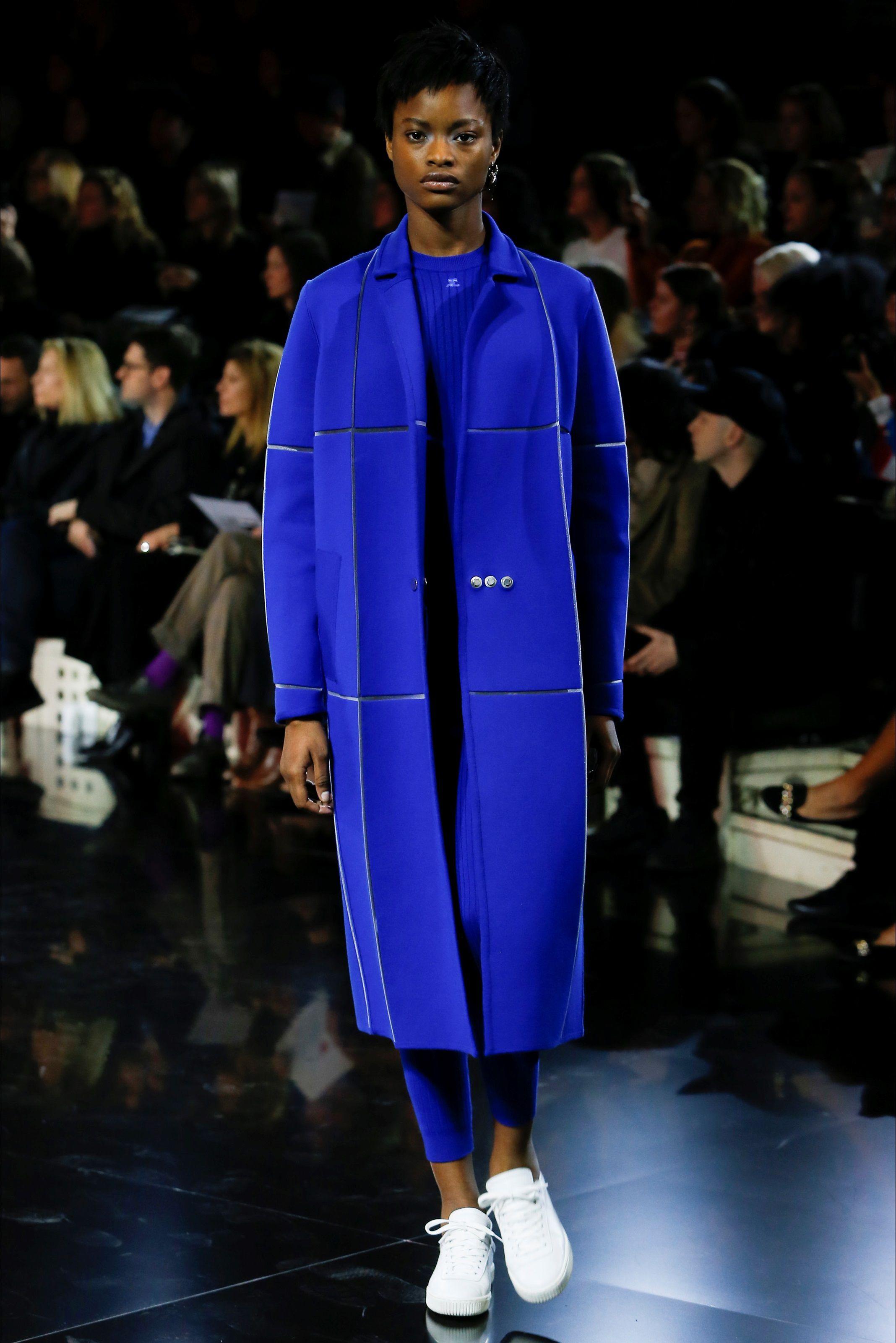 Courrèges Parigi - Collezioni Autunno Inverno 2016-17 - Vogue