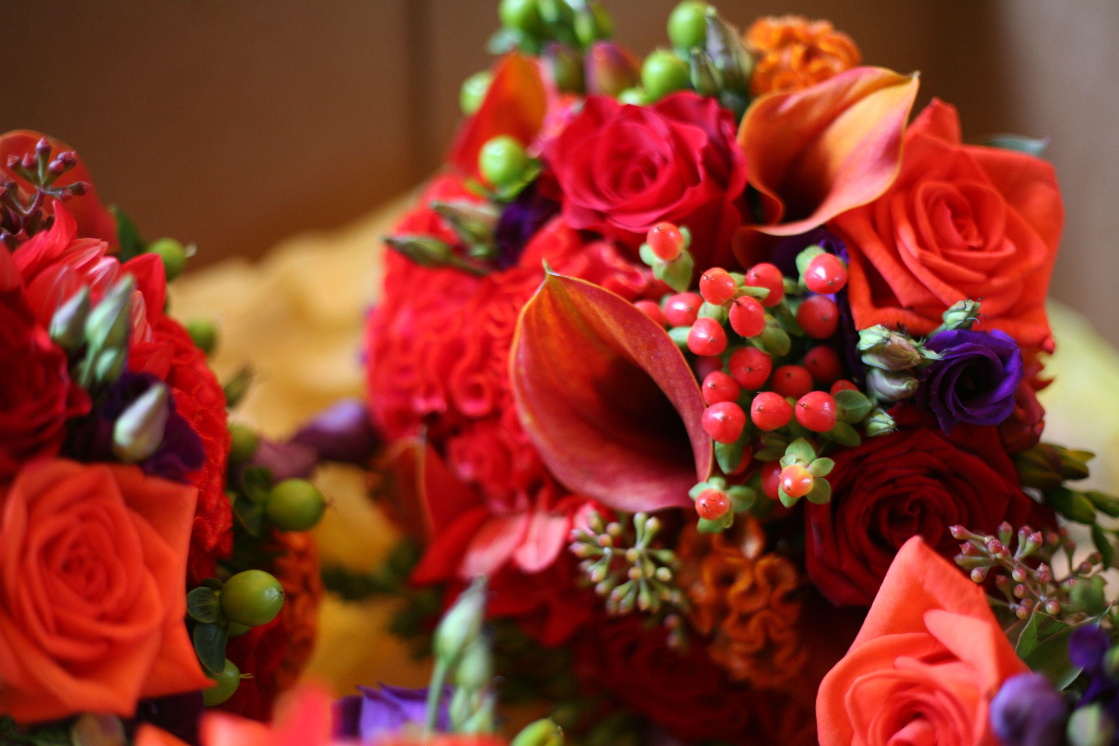 Bridal bouquet with mango calla lilies, grand prix