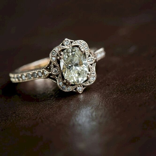 The Best Breathtaking Vintage Engagement Rings Collections 62 Vintage Wedding Jewelry Engagement Ring Inspiration Vintage Engagement Rings