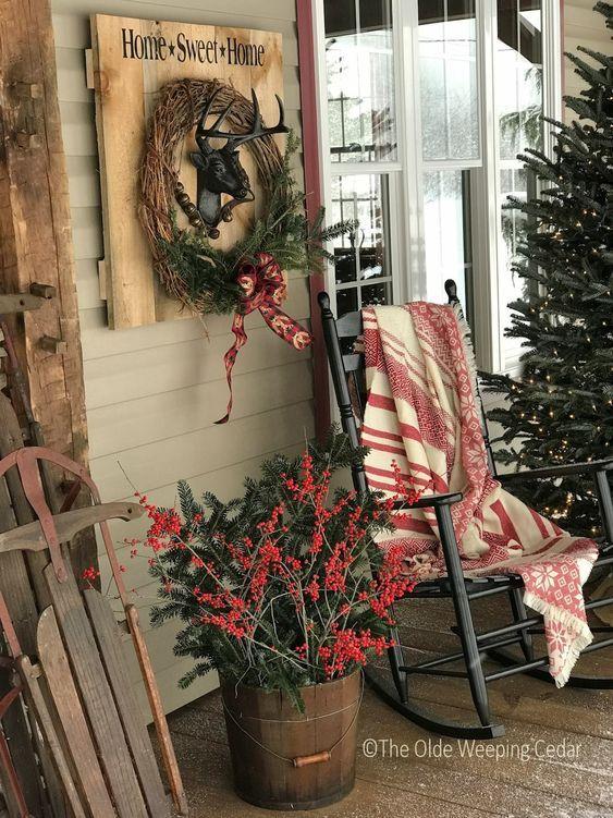 16 Amazing Rustic Diy Christmas Design Ideas Christmas Porch Decor Front Porch Christmas Decor Farmhouse Christmas Decor