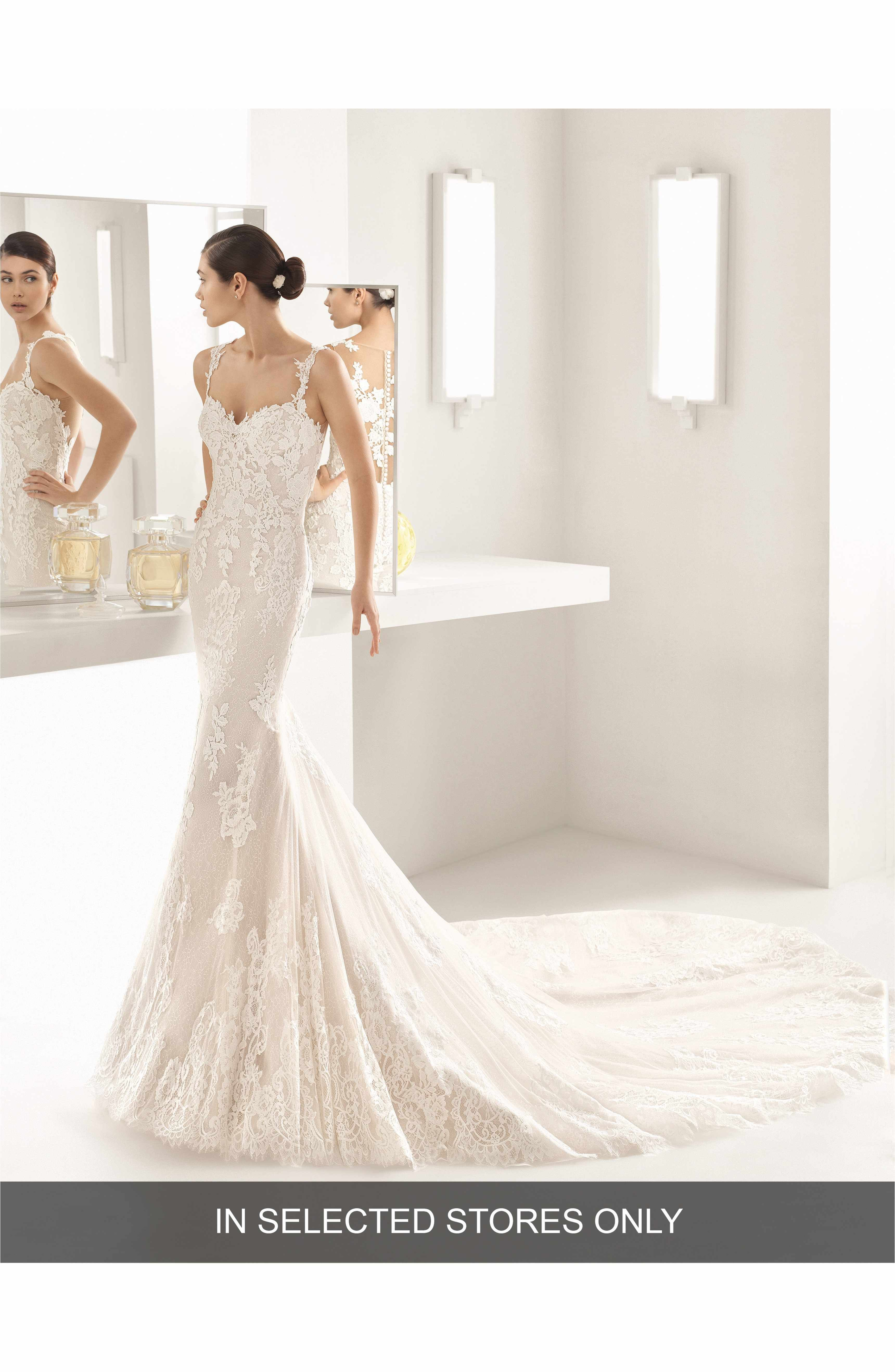 Oboe Sleeveless Lace Mermaid Gown   Oboe, Lace mermaid and Rosa clara