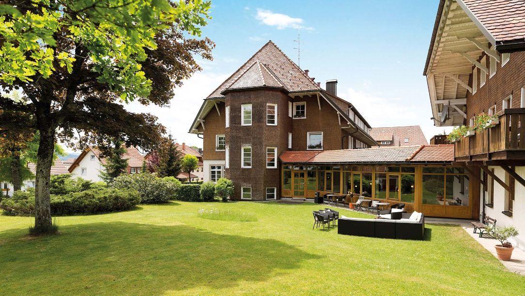 Hotel Der Hirschen In St Margen Garten Hotels Style At Home Schwarzwald