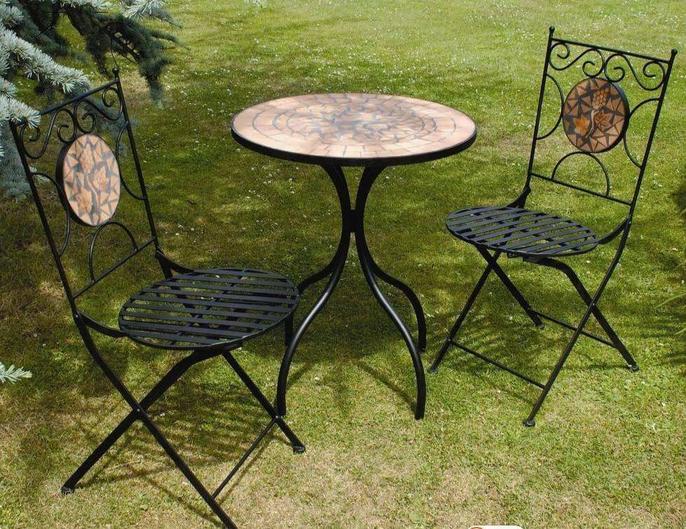 Top Popular Outdoor Table and Chairs Ideas on a Budget