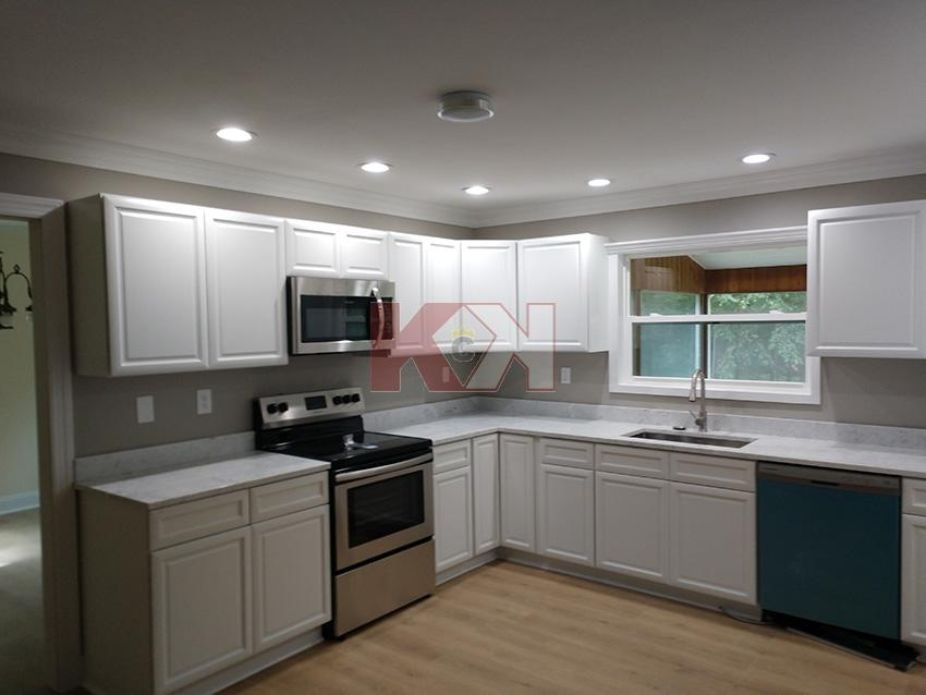 Lexington White Kitchen Cabinets In 2020 Kitchen Cabinets In Bathroom Kitchens Bathrooms White Kitchen