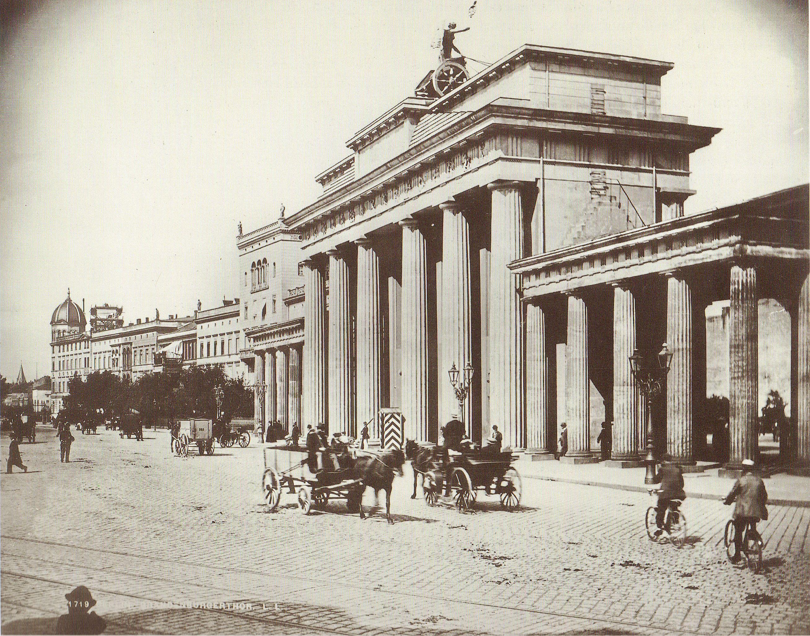 Lucien Levy Berlin Brandenburger Tor Um 1890 Architektur Berlin Berlin Berlin Geschichte