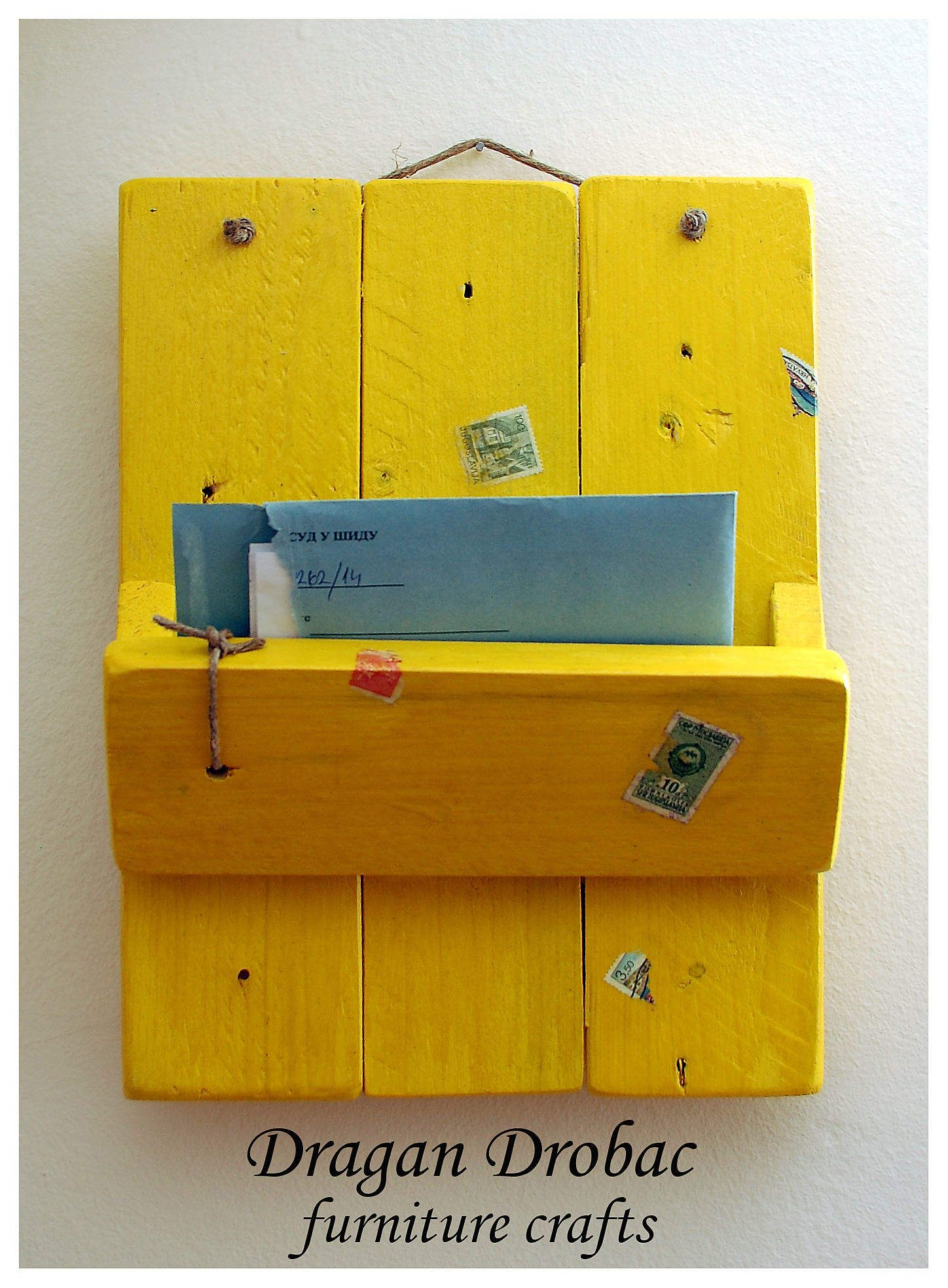 Daily Mail Organizer From Recycled Pallet | Pallets, Walls and ...