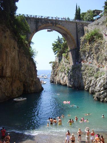 Fiordo de Furore (Italia), más fotos en http://www.lareserva.com/home/furore