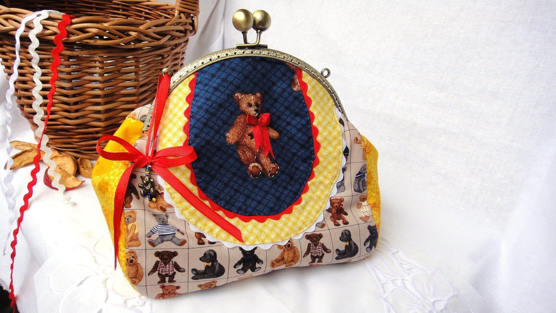 Teddy bear bag Mini shoulder bag Cosmetic clutch bag chain