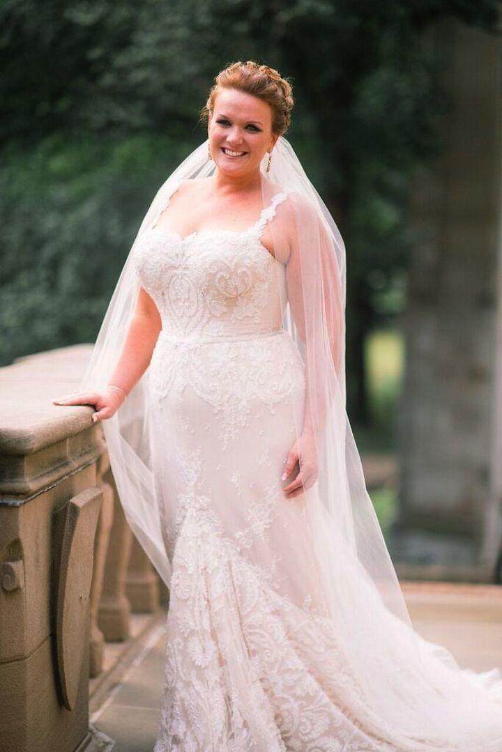 White and Gold Pennsylvania Wedding | Plus Size Wedding Dresses ...