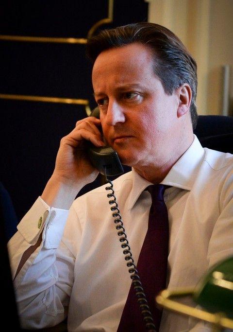 Primeiro-ministro britânico liga para Obama para falar da Ucrânia e vira piada na web
