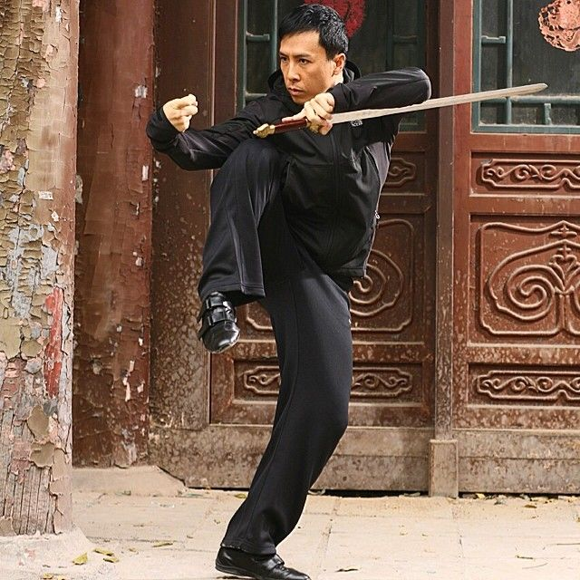 Donnie Yen-甄子丹 Official A swordsman never leave his sword out of his hands , not even when he drinks ! Drunken sword !