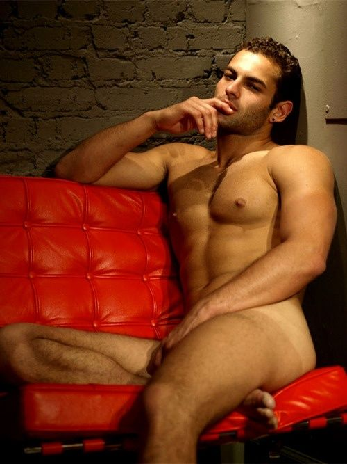 HOMME; Personality: Nude Art