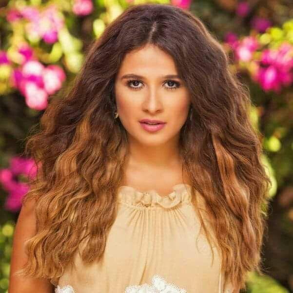 Pin by Gharib Makld on نجوم عرب   Beauty, Hair styles ...