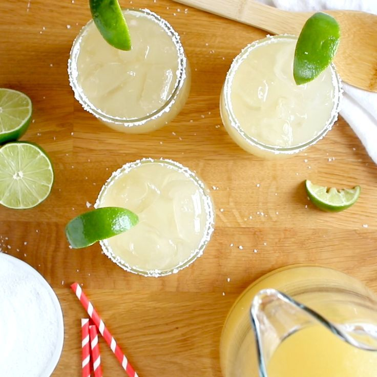 Pitcher Style Margaritas For A Crowd