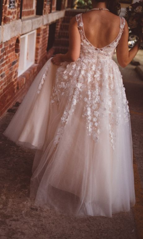 BHLDN Ariane Gown (37820313), $899 Size: 2 | Used Wedding Dresses ...