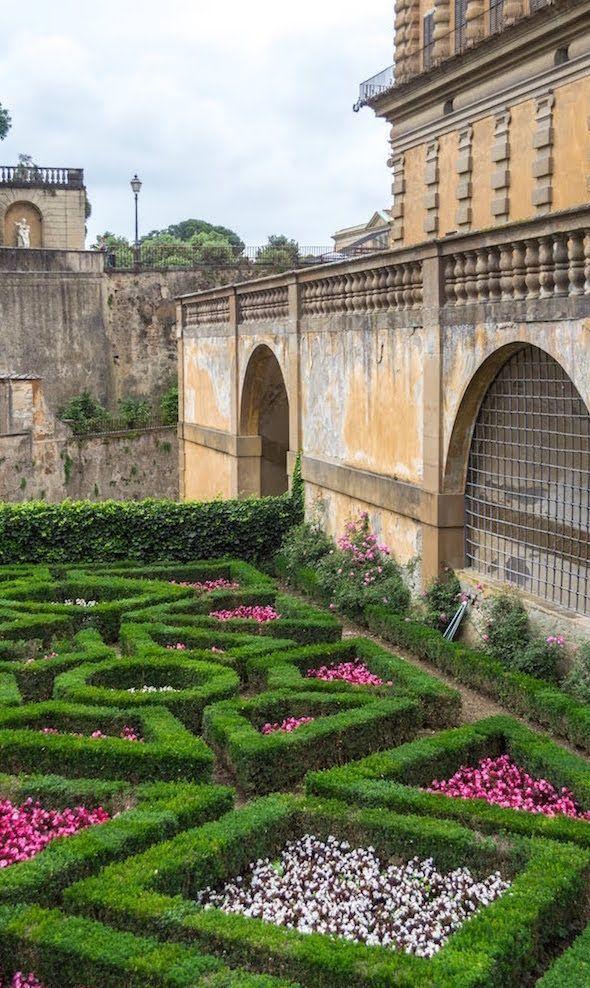 Boboli Gardens in Italy -  Beautiful architecture and gardens in Florence, Italy at the Boboli Gardens.  - #boboli #florenceitalytravel #gardens #italy #italytravel #letstravel #travelmugdiy