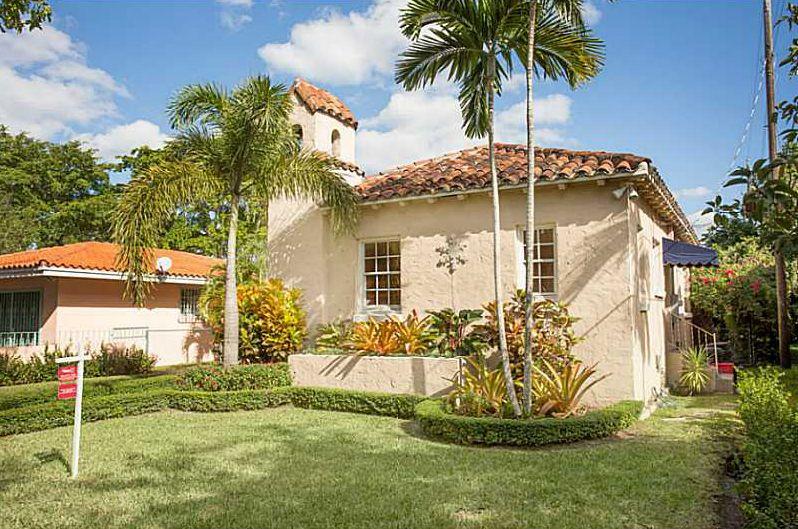 Strange Old Spanish Homes Coral Gables Historic Homes For Sale In Home Interior And Landscaping Ponolsignezvosmurscom