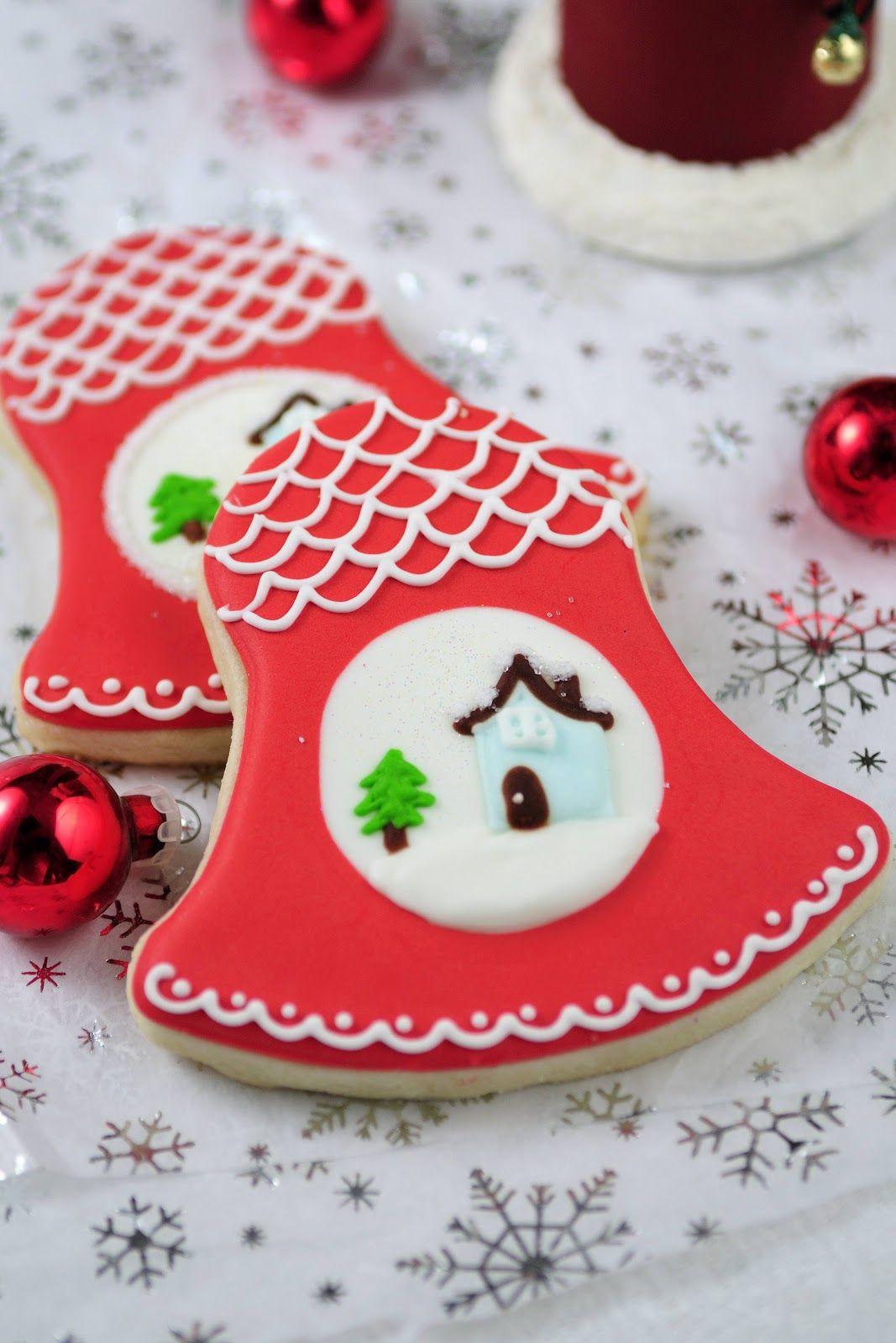 Christmas bell cookies Sugar cookie frosting, Christmas