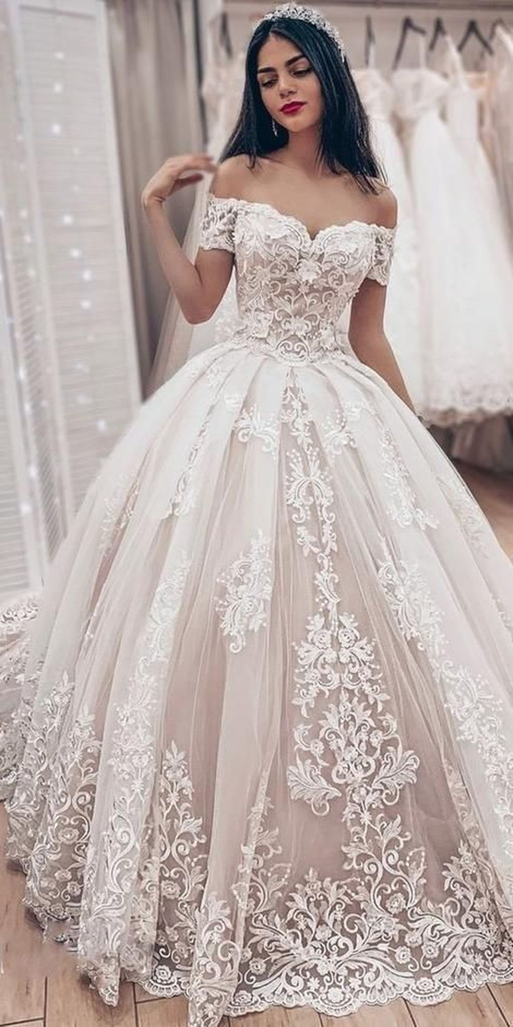 Beauty Off The Shoulder V Neck Applique Full Length Evening Dress Tulle Lace Short Sleeves Wedd In 2020 Popular Wedding Dresses Wedding Dresses Ball Gown Wedding Dress
