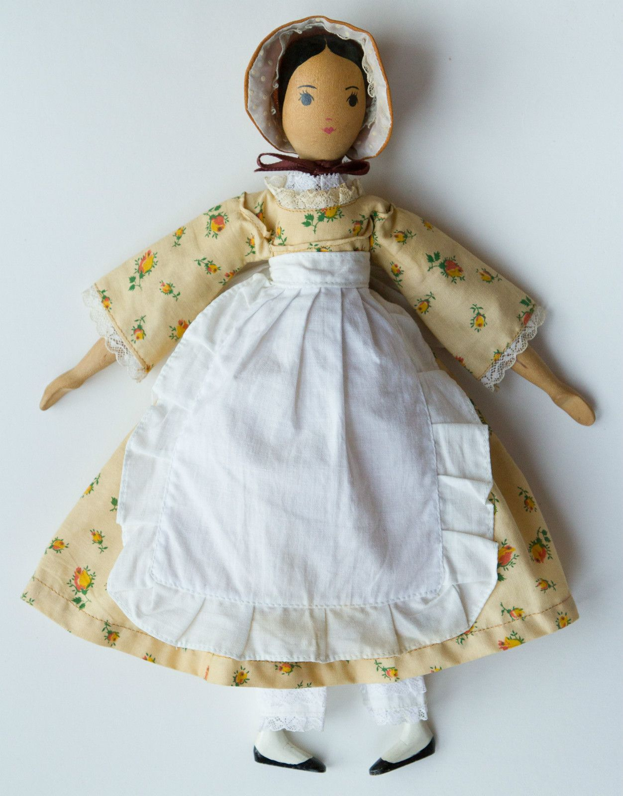 Sweet Vintage SIGNED Polly Shorrock Handmade Wooden